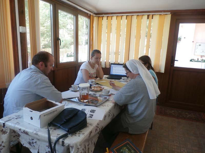 Intalnire de lucru cu voluntarii