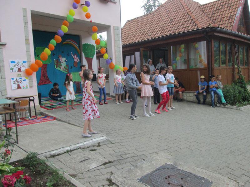 Activități, zâmbete și viață la Centrul pentru Servicii Sociale Sf. Luigi Scrosoppi